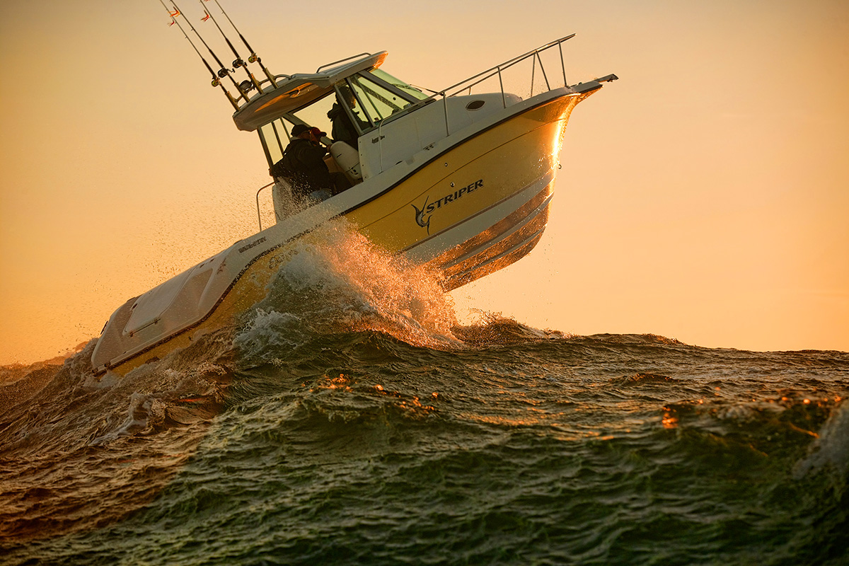 Striper Boat Company, Seaswirl, Larson Boat company, Pacific Ocean, Oregon, Waves, High Seas, Sunset, Extreme