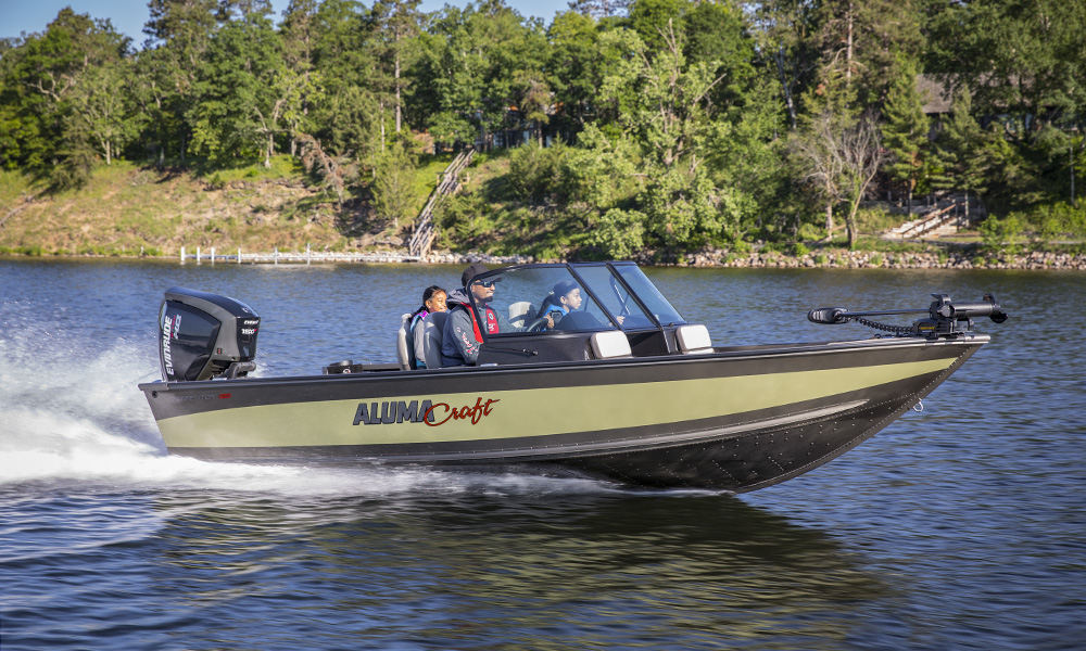 Alumacraft, Fish, Fishing, Father daughter, kids, girls, Upper Whitefish Lake, Minnesota, reeds, Evinrude Outboard Motor
