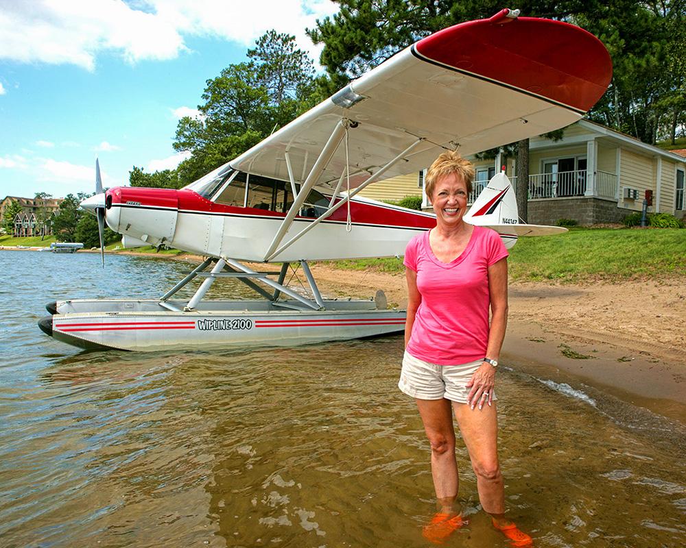 Mary Alverson, Float Plan, Brainard, Minnesota, Water, Lake, Airplane, Female Pilot,