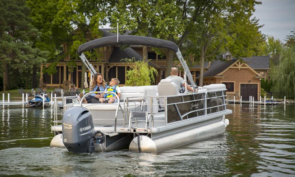 Godfrey Marine, Sweetwater Pontoon, Lake Wawasee, Indiana, Family boating, lake, Yamaha Outboard Motor, Sunset,
