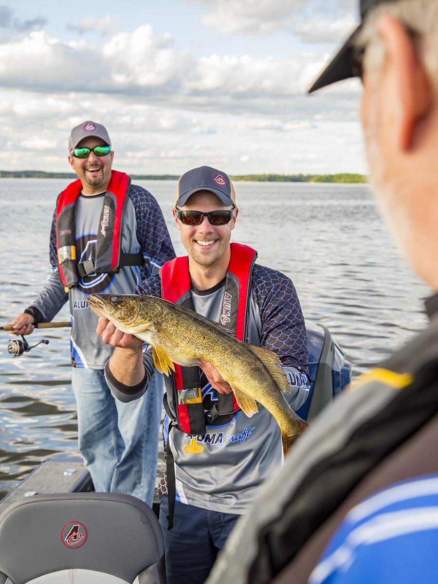 Alumacraft, Walleye, Upper Whitefish Lake, Minnesota, PFD, Fishing, Open water fishing
